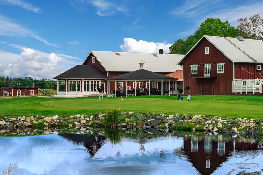 Välkommen till en familjär golfklubb där du kan känna dig som hemma